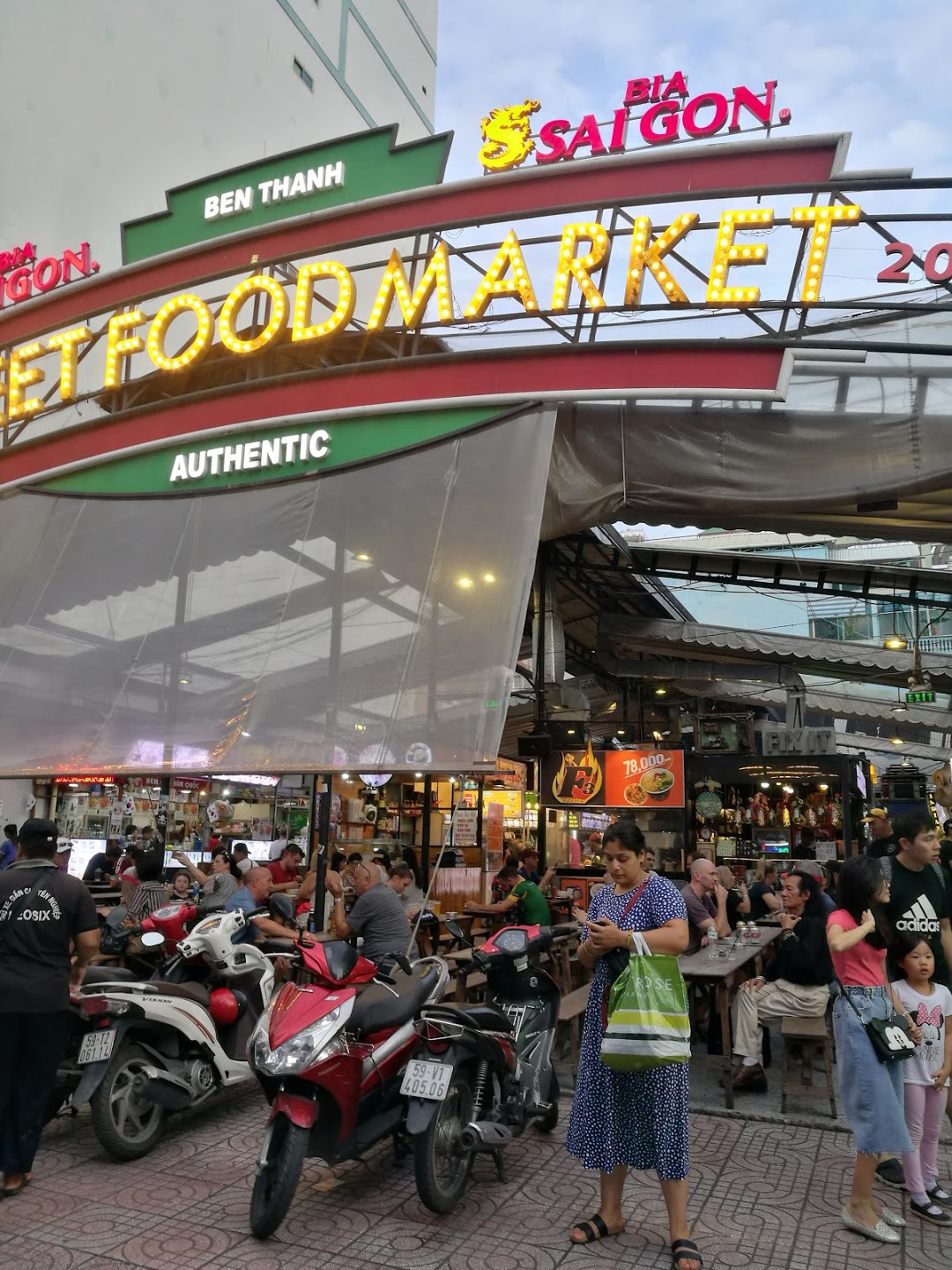 mercado-ben-than-saigon