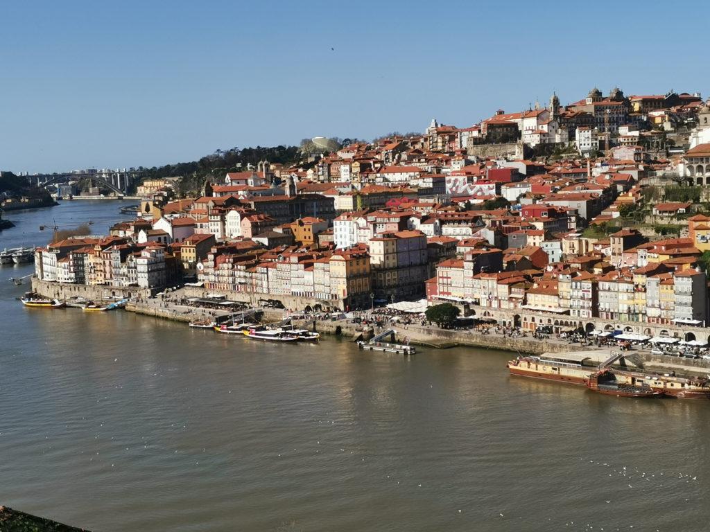 12 lugares imprescindibles que ver en Oporto