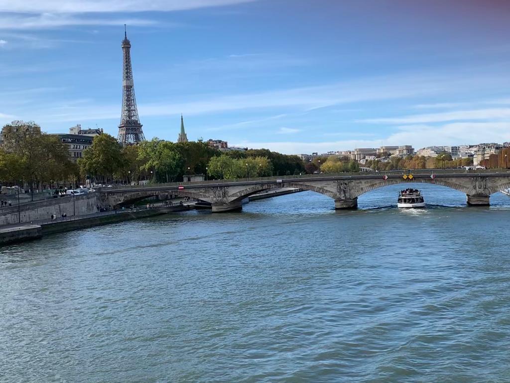 Sena Paris