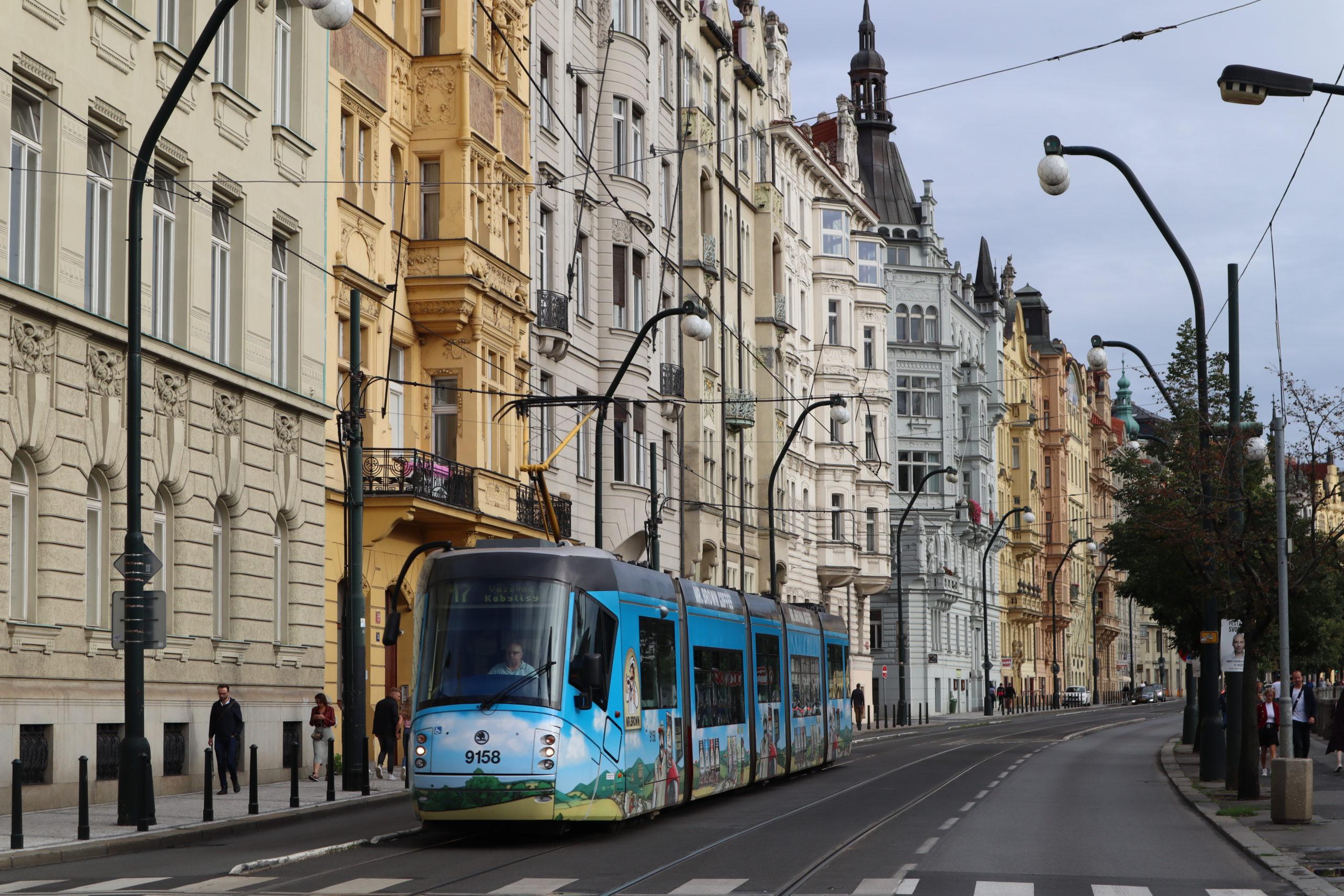 tranvía-Praga