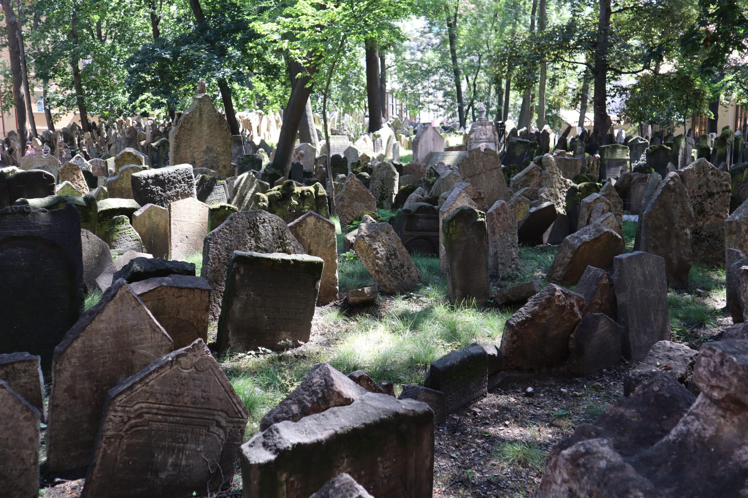 antiguo-cementerio-judío-Praga