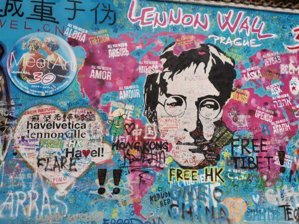 muro-Jhon-Lennon-Praga