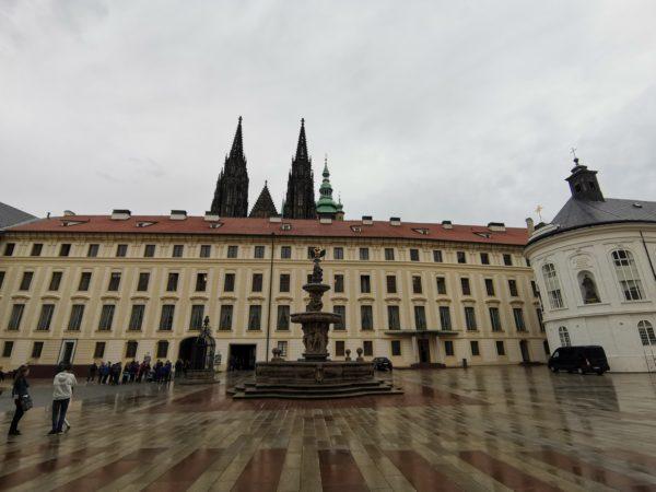 Fuente-Kohl-castillo-Praga