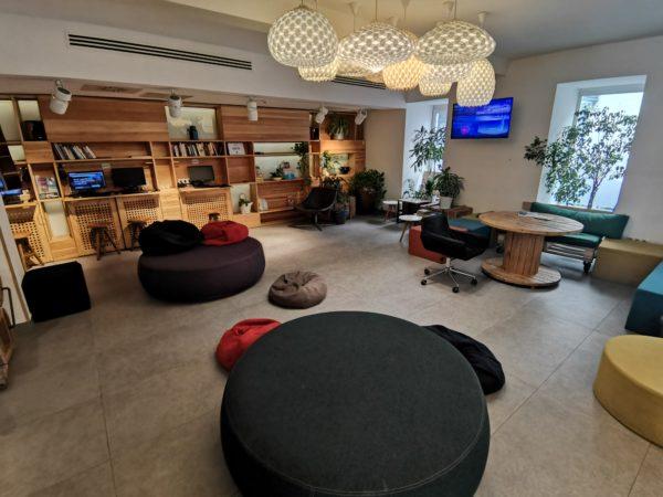 Maverick-City-Lodge