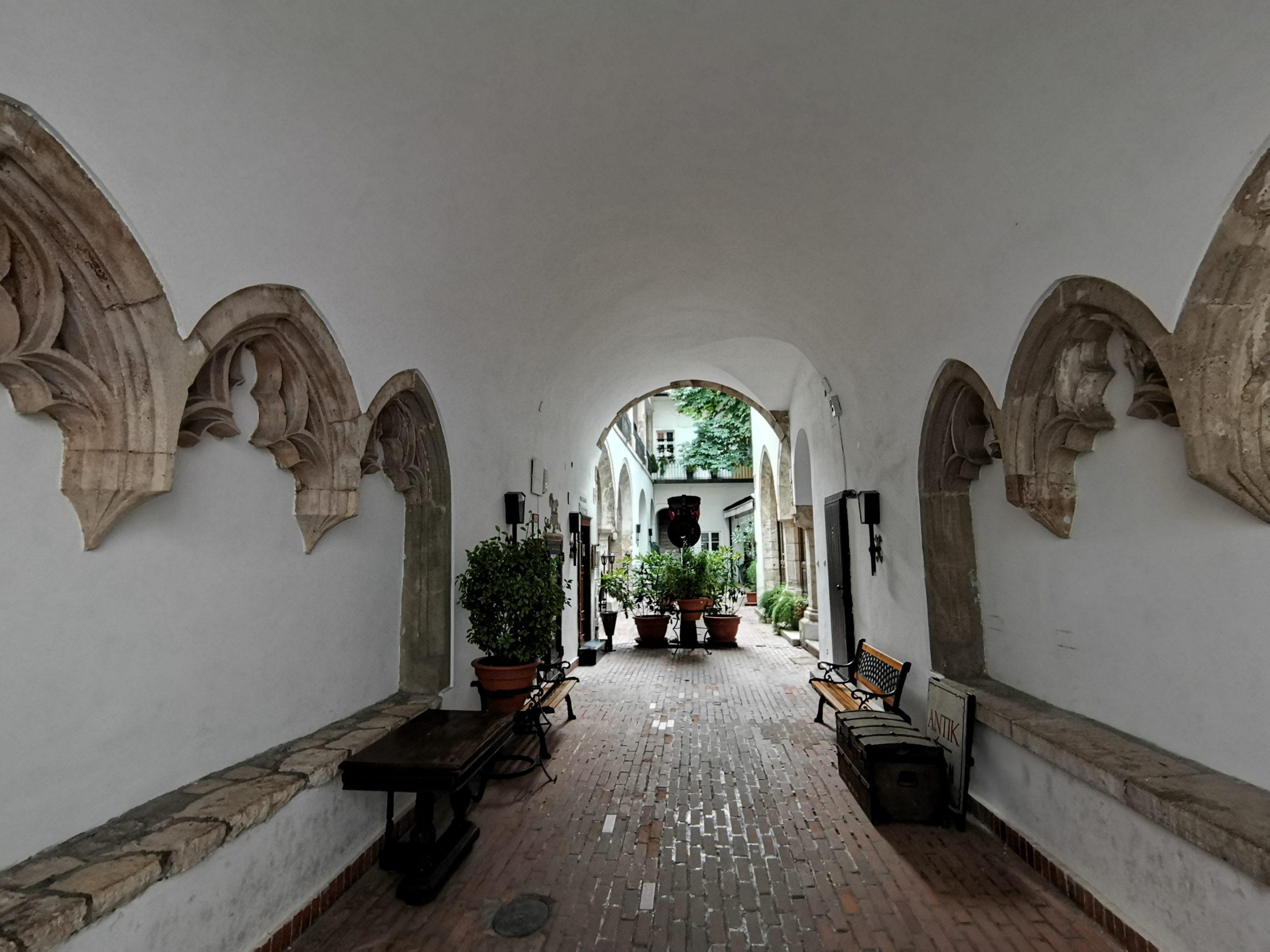 casa-medieval-Budapest