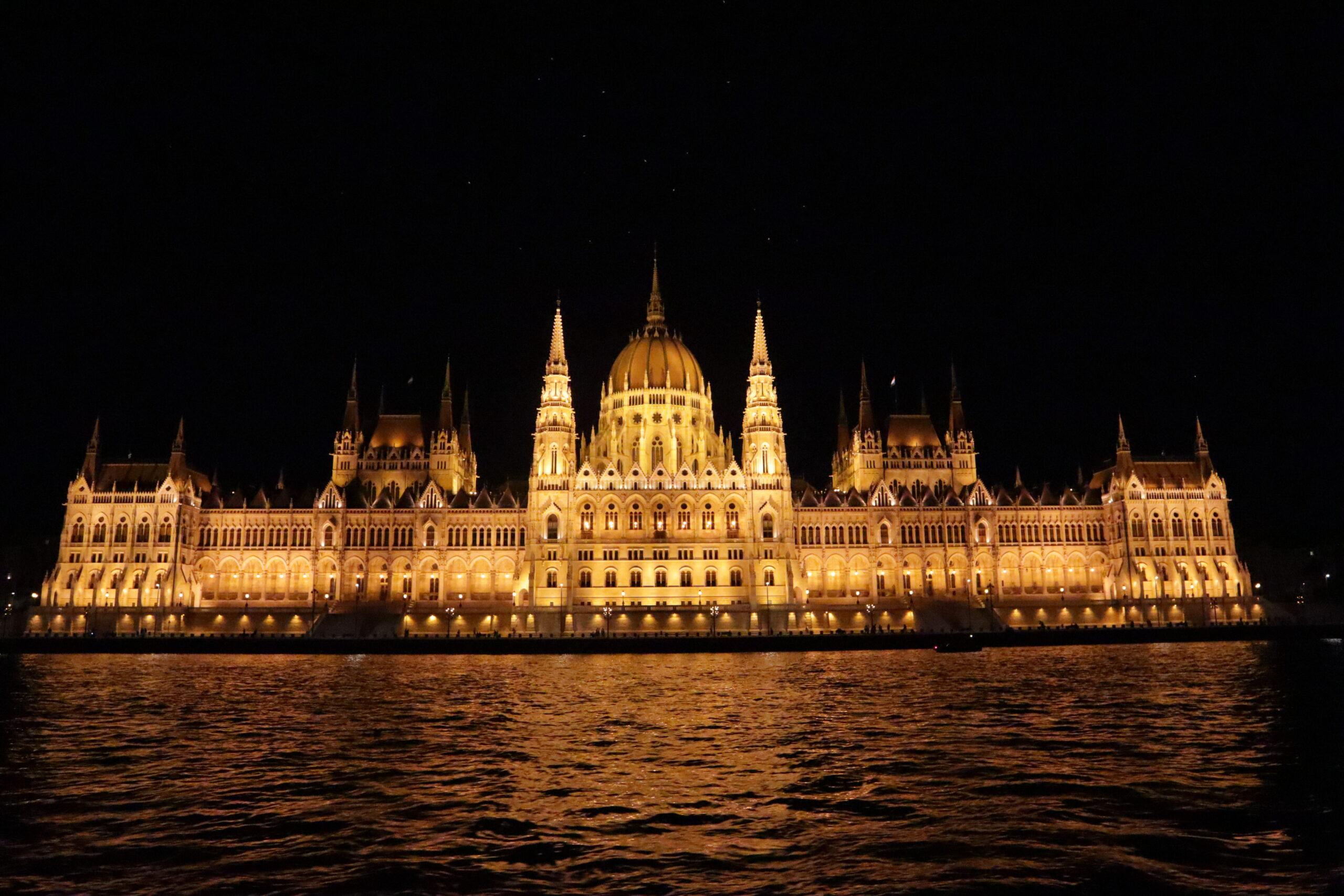 parlamento-de-Budapest