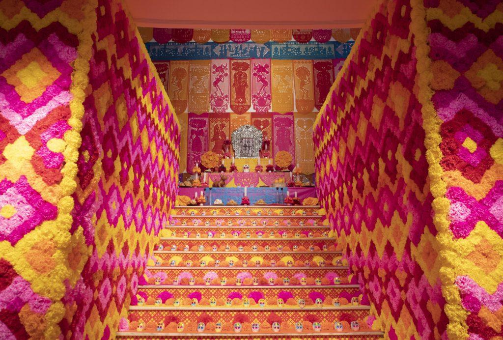Día de los muertos | Mega altar Casa de México