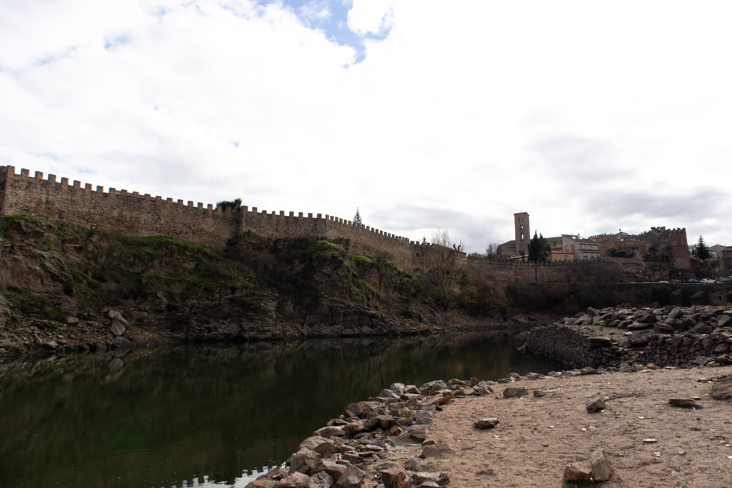 muralla-Buitrago-del-Lozoya