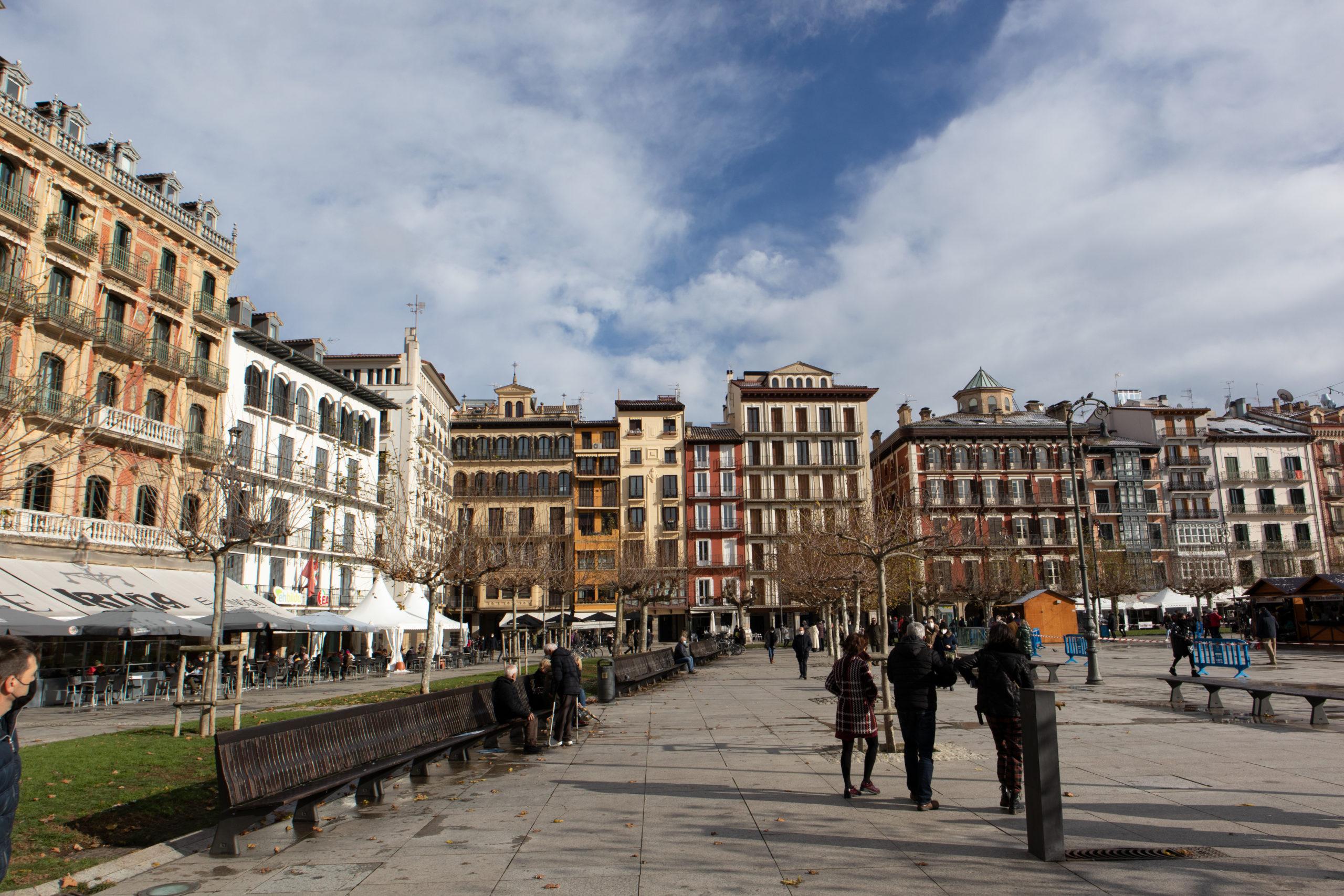 plaza-del-castillo-pamplona