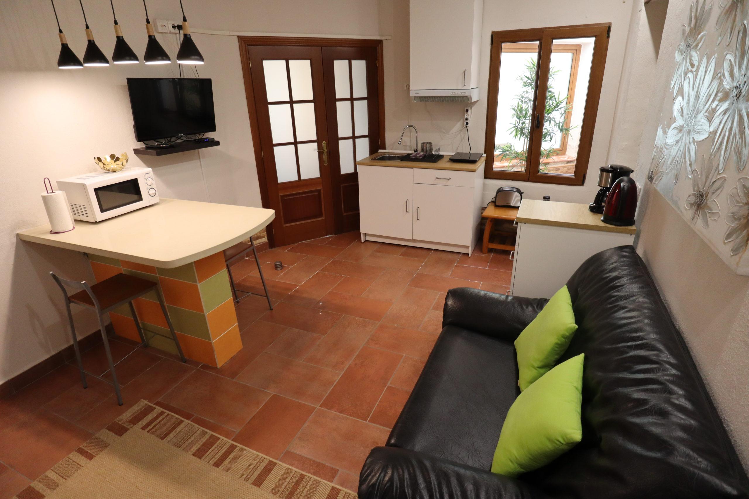 apartamentos-playa-con-piscina-tenerife