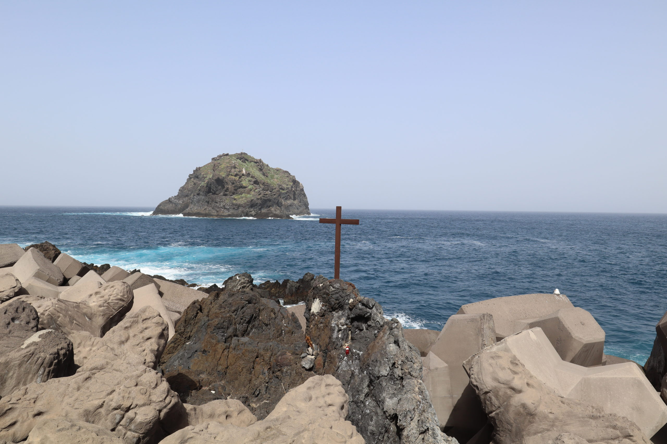 playa-roque-de-Garachico