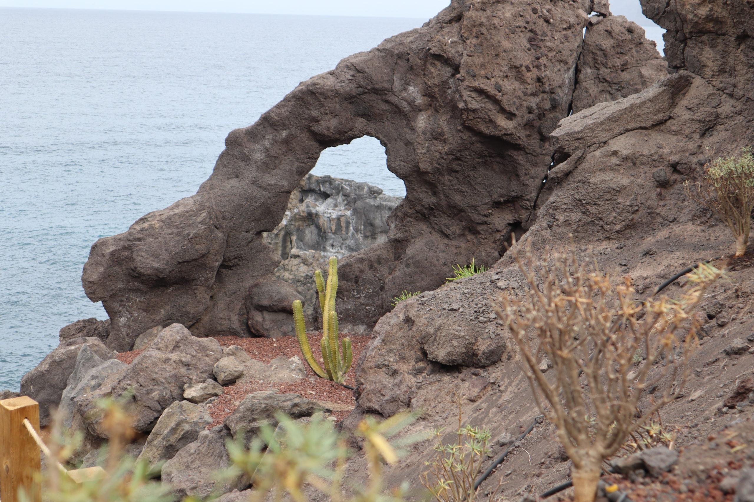 playa-acantilados-gigantes-tenerife