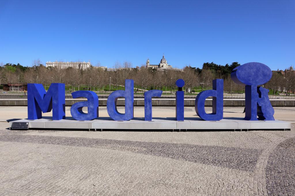 Las nuevas letras de Madrid, el madroño y el oso
