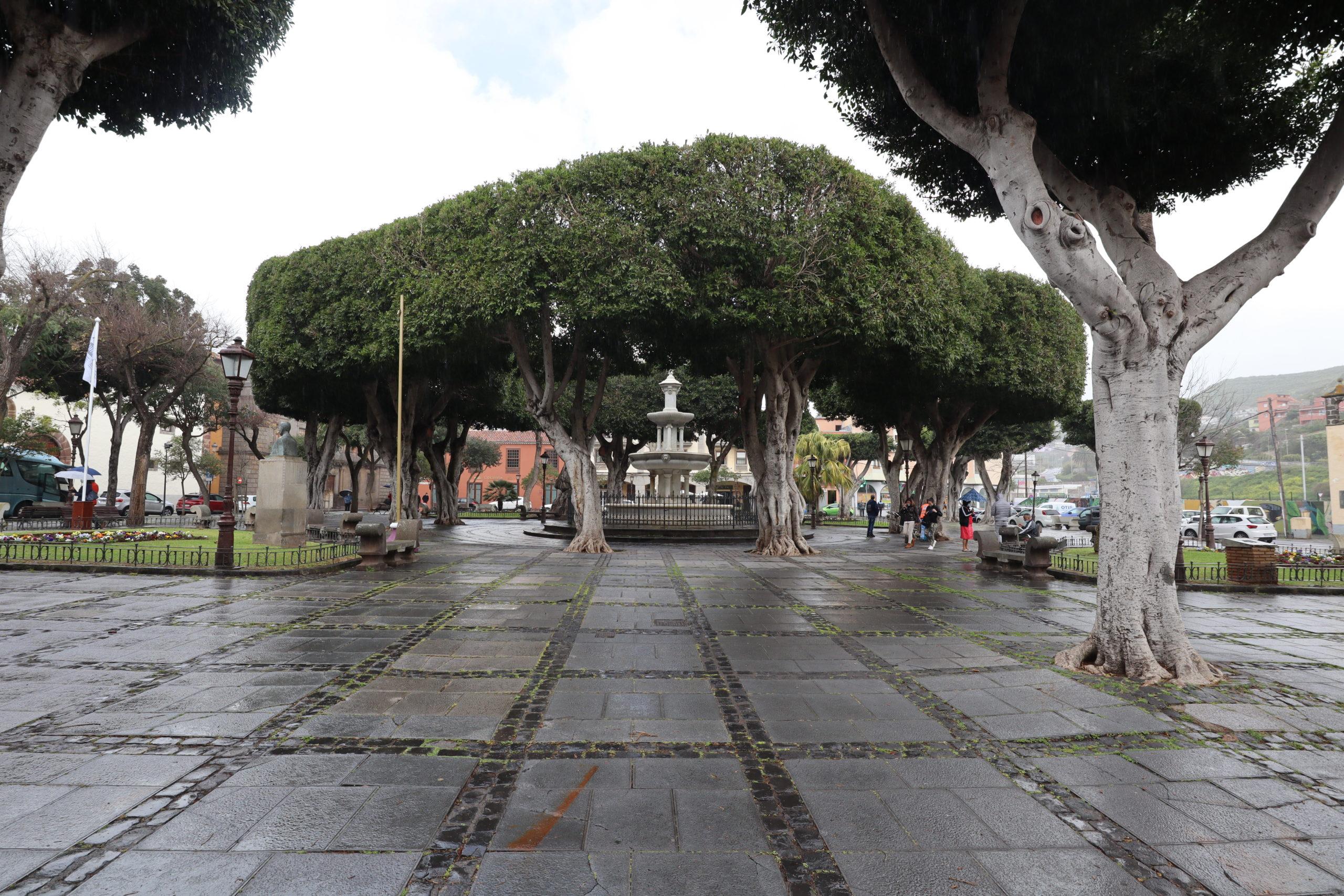 plaza-adelantado-laguna-tenerife