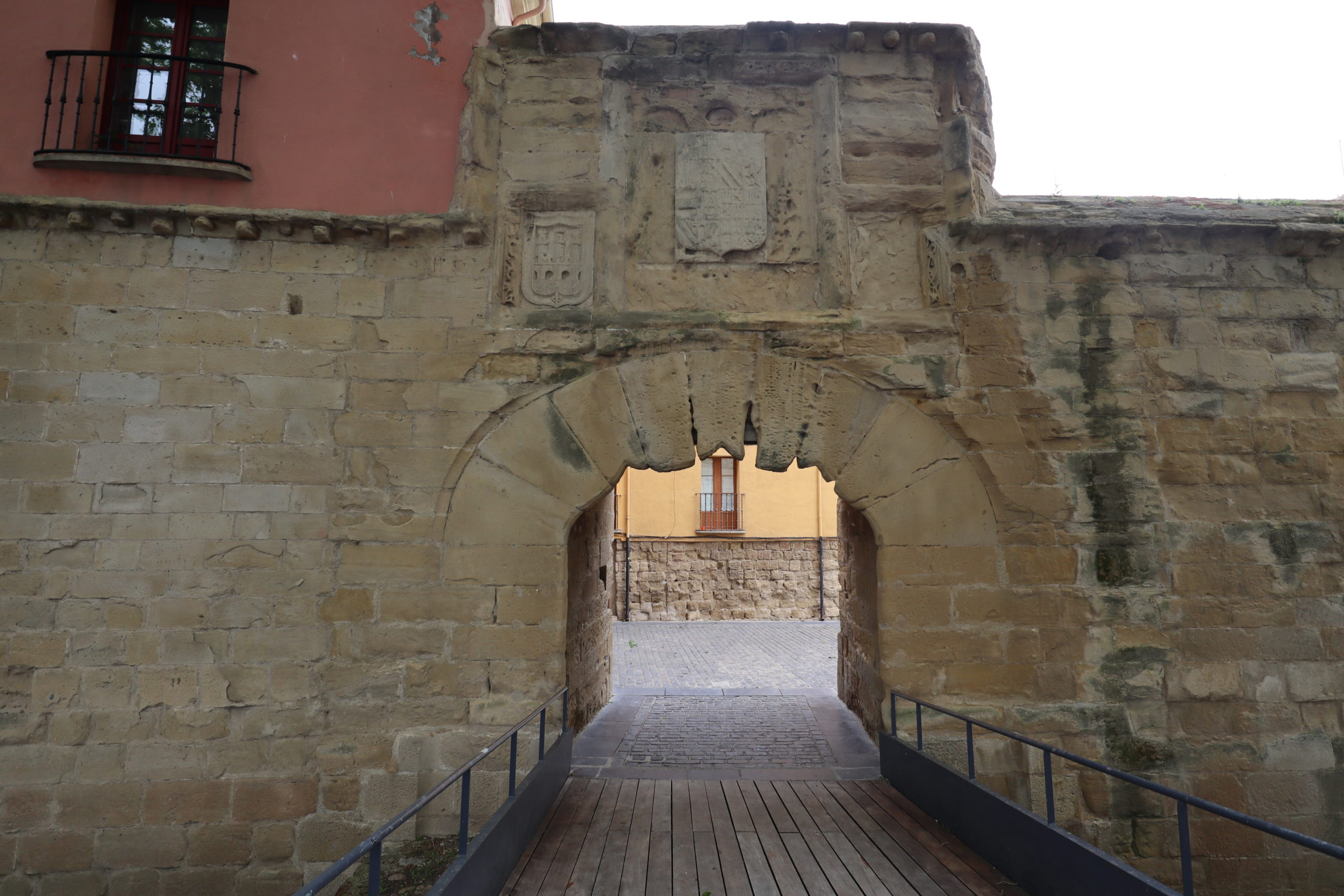 puerta-del-oeste-logroño