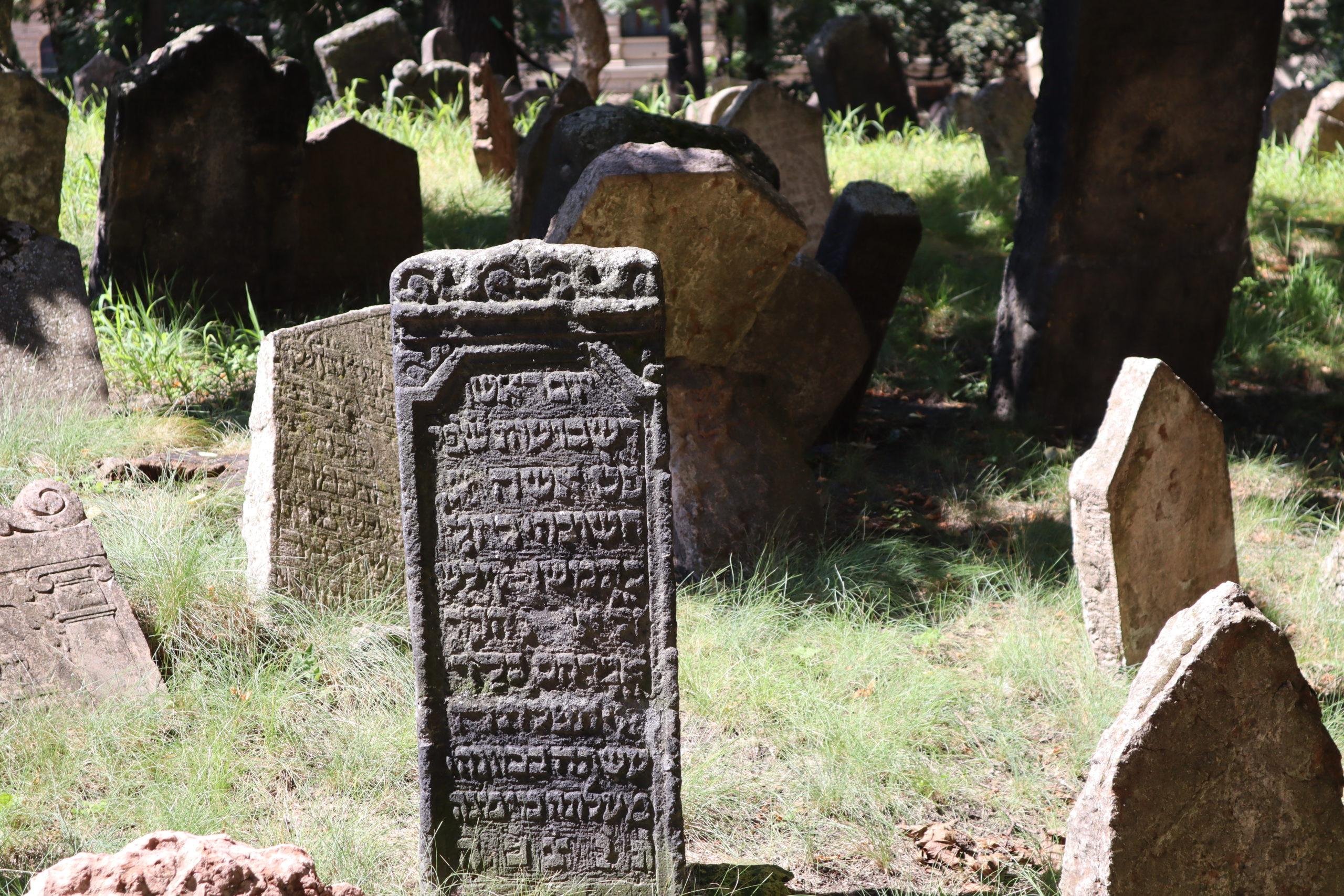 antiguo-cementerio-judio-praga