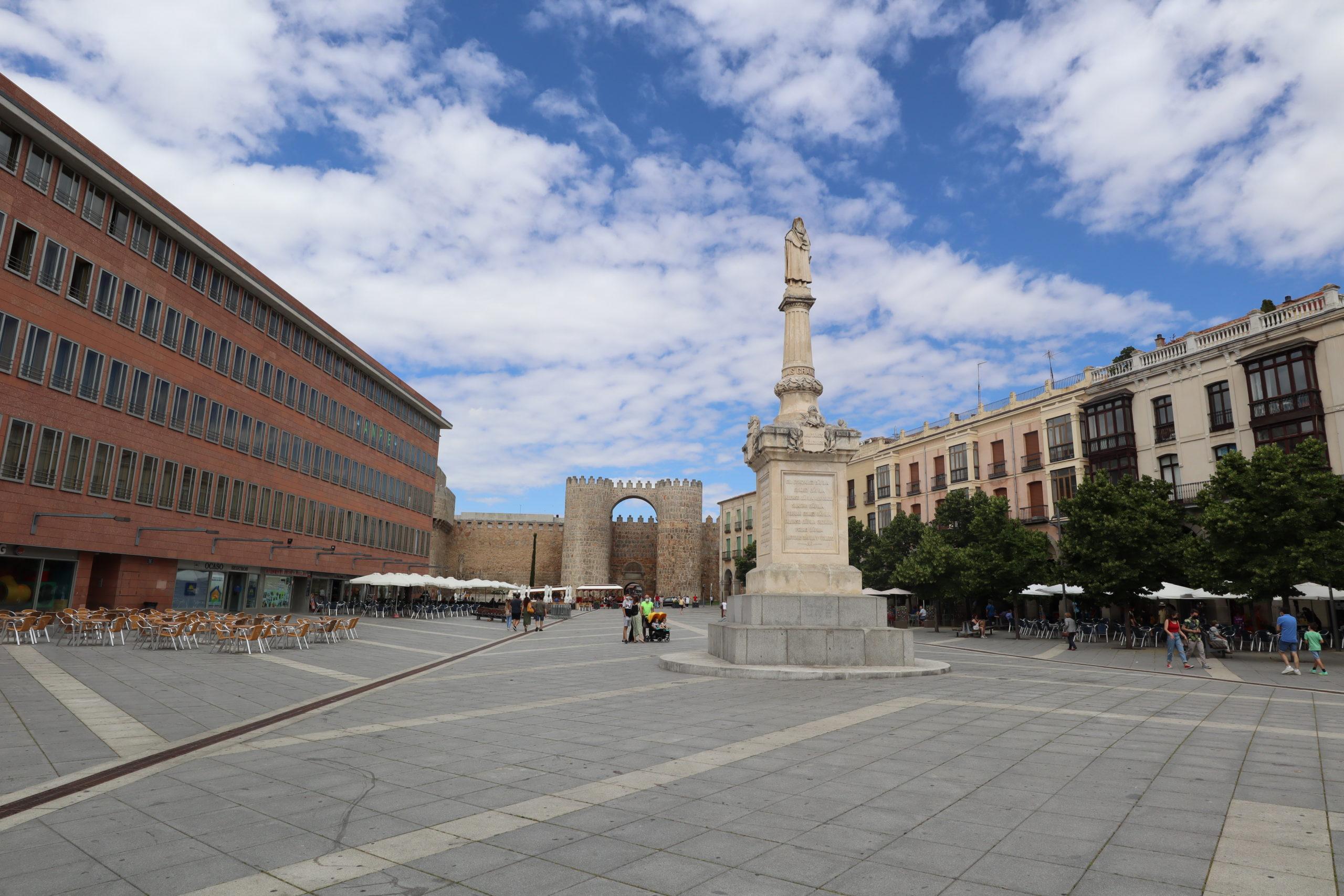 plaza-mercado-de-avila