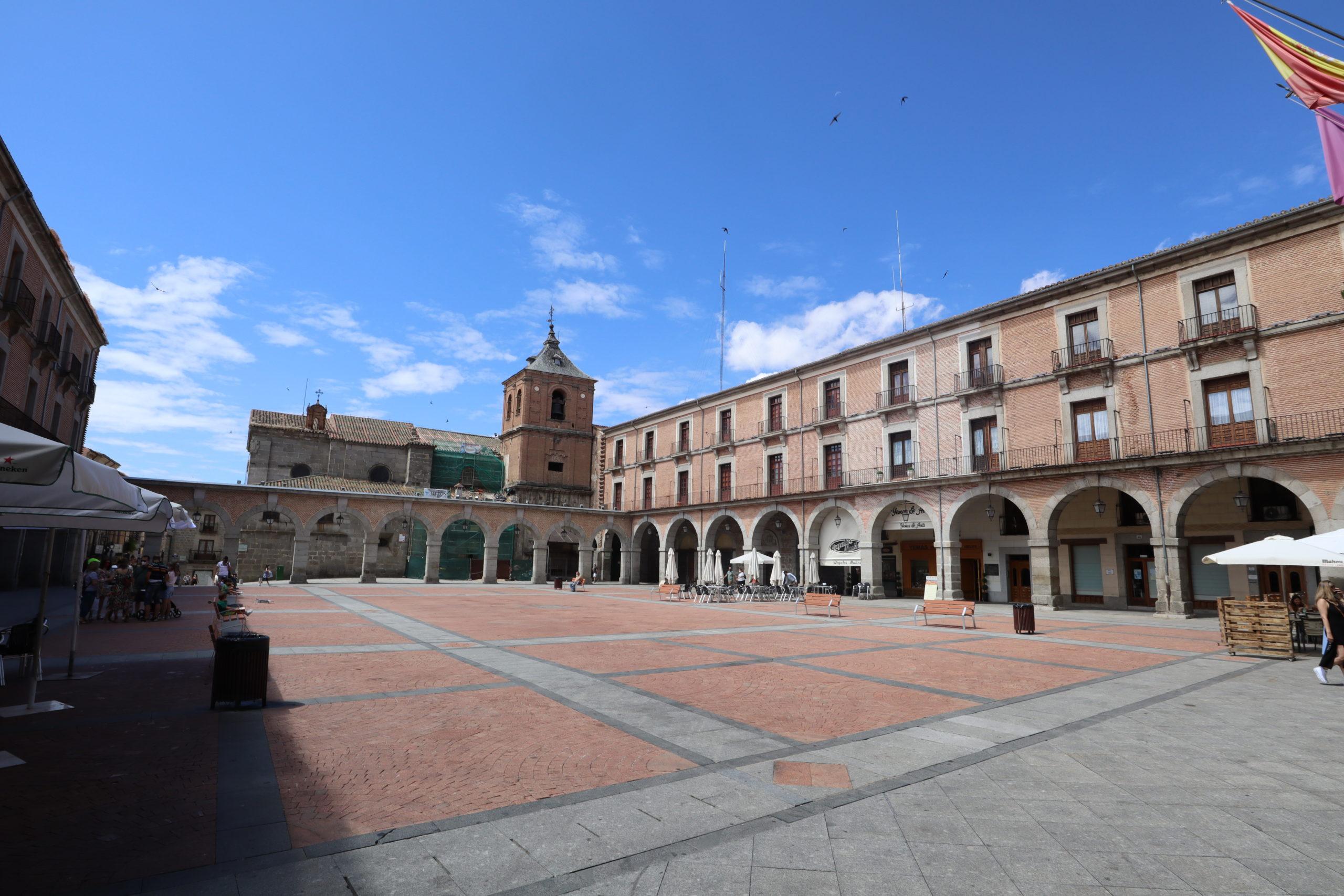 plaza-mayor-de-avila