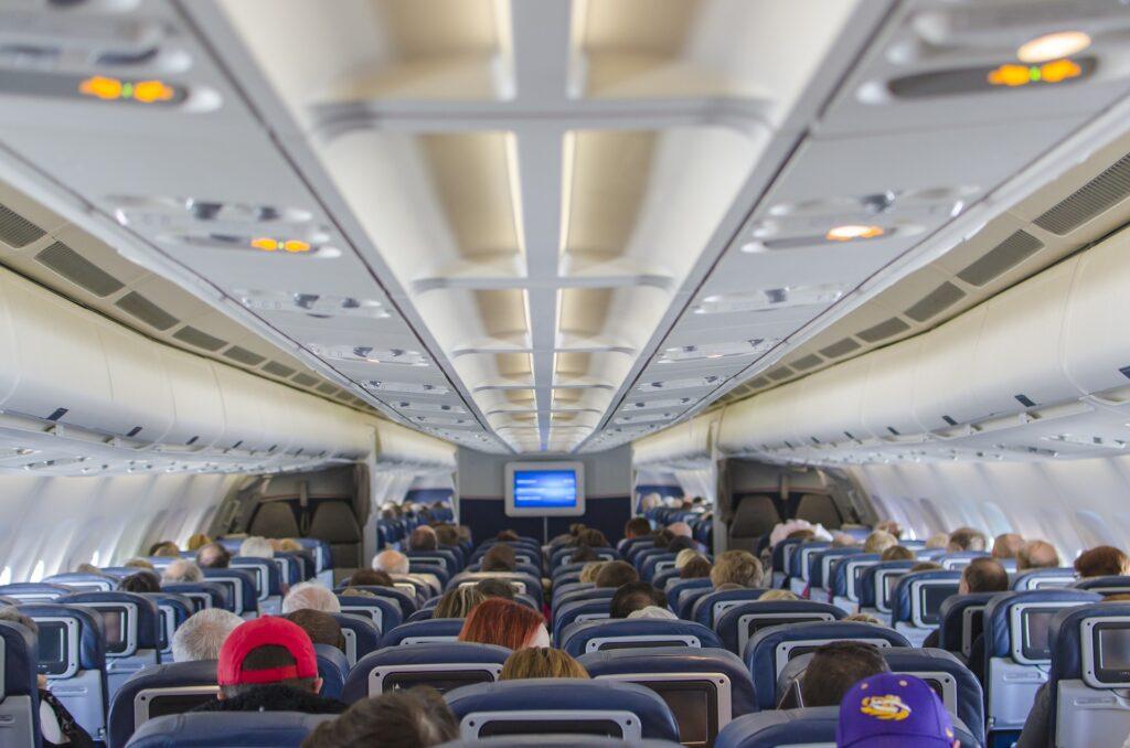 Las ventajas de trabajar como auxiliar de vuelo
